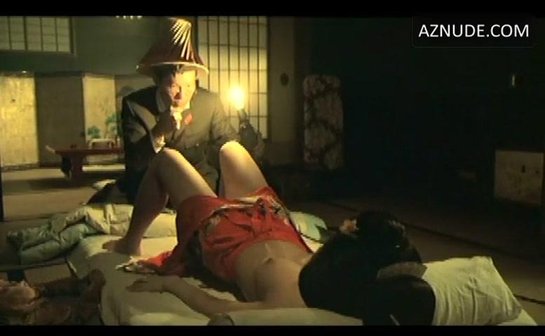 Ayumi Ito  nackt