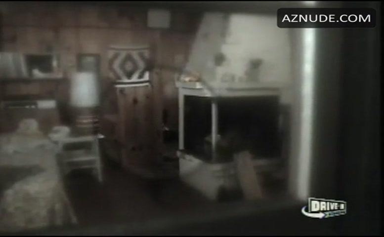 Anneka Di Lorenzo  nackt