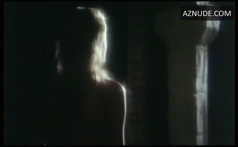 Antonia Preser  nackt
