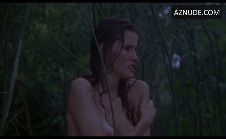 Leah Ayres  nackt